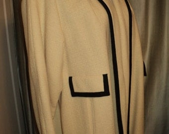 Vintage WINTER WHITE WOOL  Full Length Coat, White Woven Textured Wool with Black Braided Trim and Silk Taffeta Lining in Great Condition