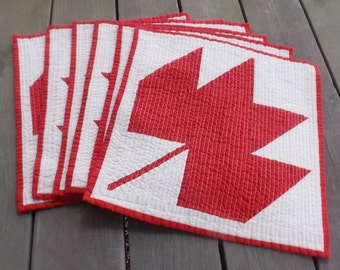 Red Maple Leaf quilted placemats (set of 6) russet woodland nature maple sugar syrup pancake breakfast  cabin cottage kitchen dining accent
