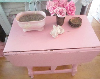 Shabby chic table pink  shabby cottage chic