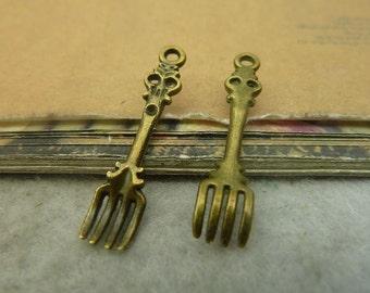 50pcs  7x34mm antique bronze fork charms pendant C4836