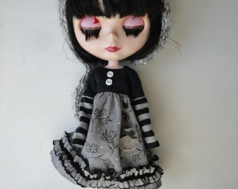 Black And Gray Dress Set For Blythe