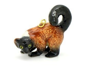 1 - Porcelain Red Ruffed Lemur Pendant Hand Painted Glaze Ceramic Animal Small Ceramic Lemur Monkey Bead Jewelry Supplies (CA198)