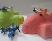 LARGE AIRPLANE bath bomb with airplane toy Inside