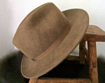 Vintage Country Gentleman Fedora Wool London Taupe Size Medium 1970