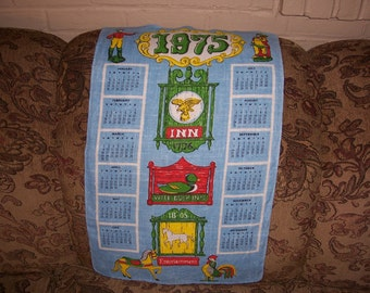 Vintage 1975  Calendar Tea Towel.....Vibrant Colors...Beautiful...1970's Wall Art ...Excellent Condition...