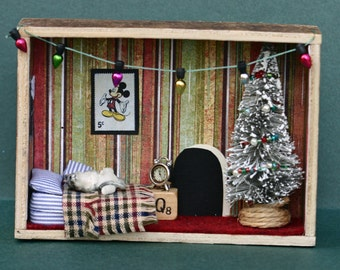Twas the night before Christmas diorama, shadow box, decoration, mouse sleeping, bedroom, miniature room, found items