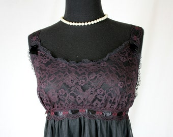 Vintage Carol Brent Nightie Short Nightgown Black Lace and Ribbon Medium