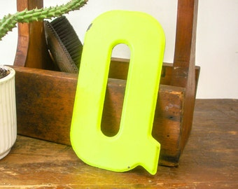 "Vintage Metal Letter ""Q"" Movie Theater Marquee 7-1/2"" Yellow Painted Sign Letter Wall Art"