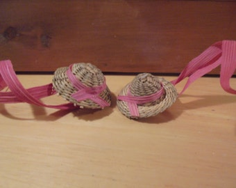 12----Miniature straw hats with pink corn husk ties