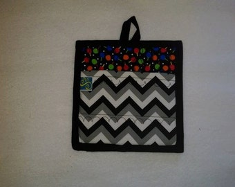 9 X 8 Ping Pong Paddles and Balls, Black and Grey, Chevron, Pot Holder, Hot Pad, Oven Mitt, Insulated, Quilted, Pocket, Kitchen