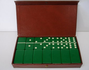 Vintage Set of 28 Dark Green Dominoes In Vinyl case Extra Thick Dominoes