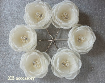 Ivory hair flowers, bridal hair clips, Weddind accessories, bridal shoe clips, bridal dress sash sew on ornaments, crystalsand pearls pins