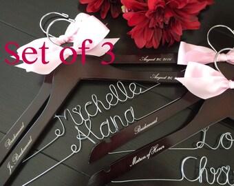 Set of 3--Personalized Hanger,  Custom Bridal Hangers,Bridesmaids gift, Wedding hangers with names,Custom made hangers