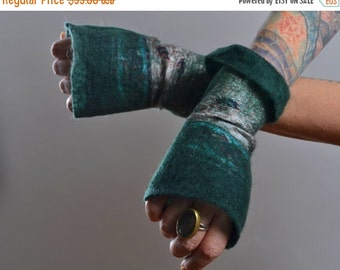 SUMMER SALE Felted Wool Gloves - Wool Gloves - Nuno Felted Gloves - Gift for her - Winter Accessories - Women's Gloves