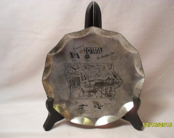 Neat Vintage Iowa State Souvenir Tin or Foil Reynolds Mfg. Co. Plate