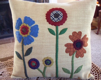 Americana Folk Art Row of Flowers Pillow Slipcover