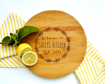 Personalized Cutting Board, Custom Cutting Board, Housewarming gift, Kitchen Wreath