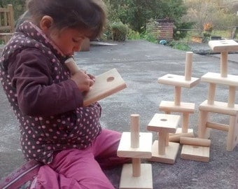 Interlocking wooden blocks / Building blocks for toddlers / Wooden bricks / wiwiurka