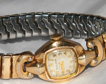 Ladies Vintage Bulova Swiss Gold Cocktail Watch