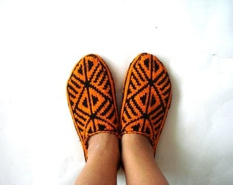 womens slippers, knitted slippers, orange black Turkish Socks, girls Slippers, knitted home shoes, womens slippers, gifts for her women wife