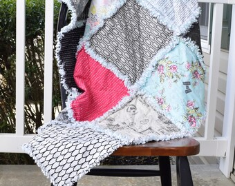 Rag Quilt- Black rag quilt, Pink rag Quilt, White rag quilt, girl rag quilt Ready to ship rag quilt, Mint rag quilt