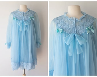 Pastel Vintage Peignoir Set - 1960's Lace and Chiffon Dressing Gown and Robe with Bows - Ethereal Vintage Nightie - Size Small