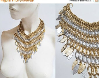 SHOP IS AWAY 1970s Silver / Gold Tone Statement Collar Bib Necklace