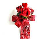 Red heart Valentine gift bow/ Hearts and flowers Valentine decoration/ Red and white Valentine bow/ Gift wrapping bow/ Valentine decor (V43)