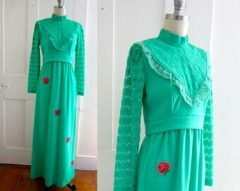 70s Green Polyester Prom Dress - Maxi Dress - Prairie Style - Empire Waist - Long Sleeve - Lace - High Neck - Long Dress
