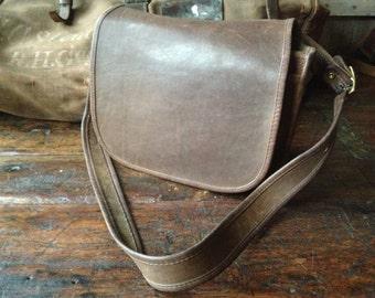 New York City Coach Light Tan Brown Leather Handbag, Legacy Stewardess