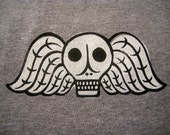 Winged Skull, T-Shirt, Skeleton, Death, Memento Mori, Halloween, Art, Gothic, Original, Tombstone, Cemetery, Grave yard, Gray, clothing