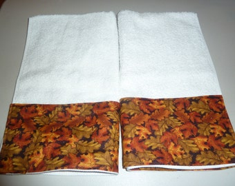 Autumn Leaves Glitter Decorative Hand Towels (Set of 2)  for Kitchen, Bath or Powder Room; Fall Leaves Towels, Thanksgiving Towels
