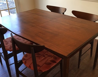 Stylish rosewood & walnut Danish Modern dining table Eames era