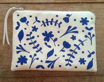 Colbalt blue floral flat zip pouch off white- screen printed and handmade