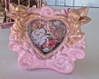 Pink Heart Frame - 3D Table Top Tablescape Bedside