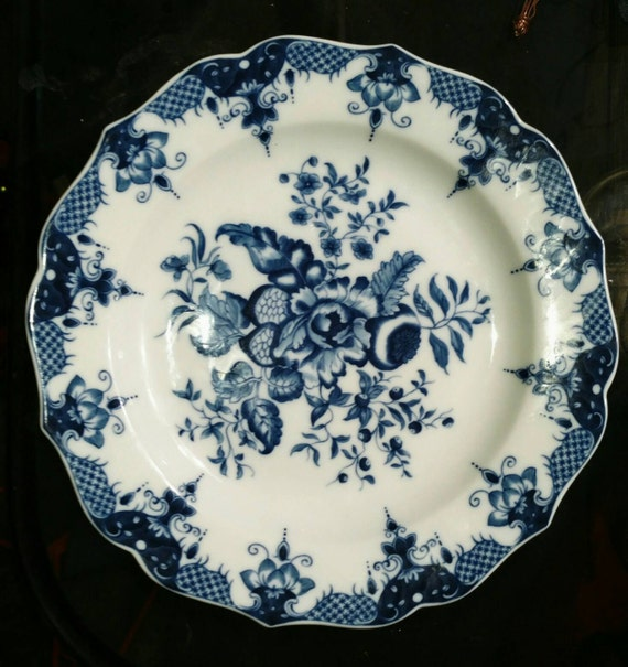 Mottahedeh blue and white plate. Reproduction of 18th Century Worcester Porcelain circa 1775