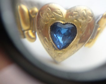 A  10k Gold Filled Sweetheart Bracelet from the 1950s 10KT GF Vintage Bangle