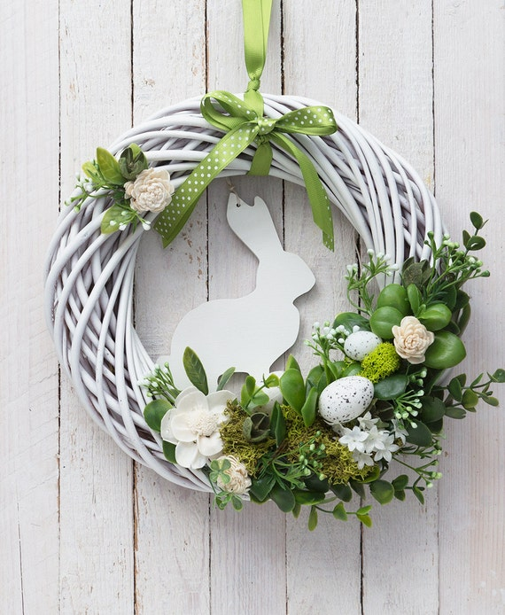 18 Spring Decor Ideas: Items Similar To Easter Wreath Rabbit Door Wreaths White