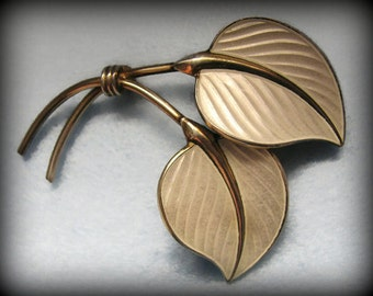 Vintage HANS MYHRE/Norway GUILLOCHE Enamel Leaf Brooch -- Signed, Excellent Condition
