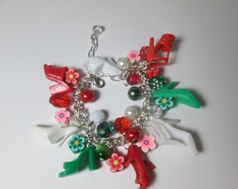 KIDS SIZE /Red, White  and Green / Barbie Shoe  bracelet with flower beads / Item 9-098