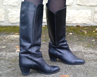 Vintage 80 Black Leather Boots