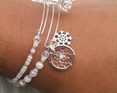 Adjustable Winter Dreamcatcher Bracelet/Bangle Set, weiß, with snowflake charm and crackle beads