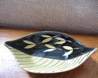 Stavangerflint, Norway, Inger Waage, bowl, dish, yellow and black