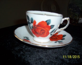 Royal Vale English Bone China Teacup and Saucer-Soy Candle