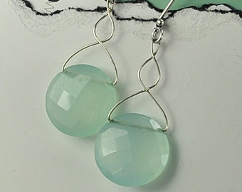 Mint Green Calcedony Earrings, Calcedony and Sterling Silver Earrings, Mint Green Earrings, Faceted Mint Green Calcedony Earrings, Calcedony