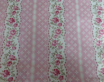 """Hobby Lobby Pink*Cream Floral Scalloped edge Stripes Patchwork*Quilting*Crafts*Home Decor Cotton fabric ~ 42"""" x 20"""" (108 cm x 50cm)"""