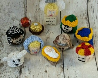 Nativity Christmas knitting pattern PDF, Lindt Lindor, Ferrero Rocher, Hero & Celebration chocolate favour cover, Instant download