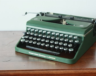 RARE: Ultra cool Triumph Norm 6 Typewriter - Green portable typewriter - Working typewriter - Industrial typewrite