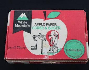 vintage metal apple parer corer & slicer in original box