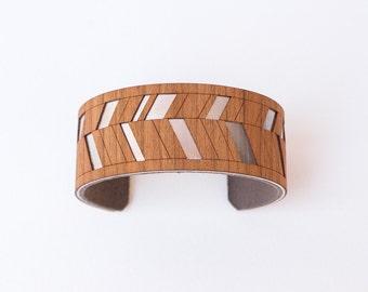 Chevron Wood Cuff Bracelet, Wooden Bracelet, Geometric Cuff Bracelet, Geometric Jewelry, Minimalist Jewelry, Narrow Cuff Bracelet |